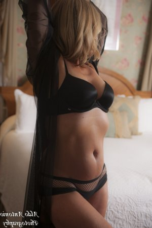 Minette incall escort in Kaysville Utah and sex club