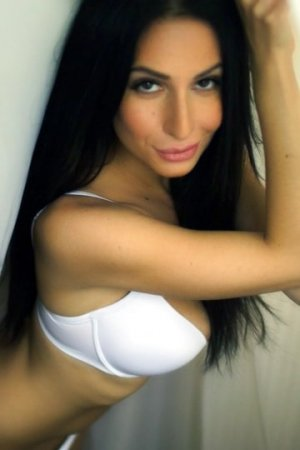Chahera outcall escort in Dublin, free sex ads