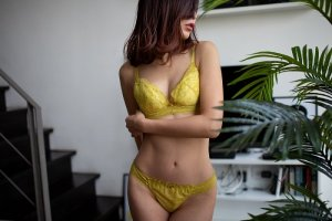 Mahjouba independent escorts